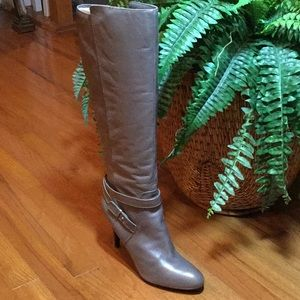 Nine West High Heeled Leather Taupe Boots